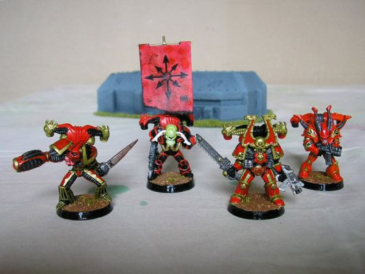 Clicca per immagine full size  ==============  Chaos Space Marines by Gabbi