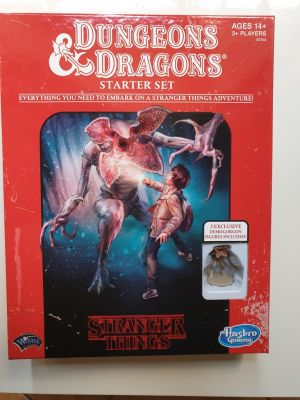 Clicca per immagine full size  ==============  Dungeons & Dragons Starter Set Stranger Things